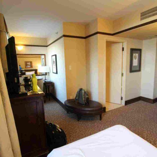 http://summer2.hotel-sites.bookoncloud.com/wp-content/uploads/sites/80/2016/02/interior_02-540x540.jpg