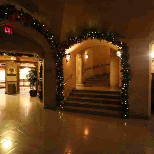http://summer2.hotel-sites.bookoncloud.com/wp-content/uploads/sites/80/2016/02/interior_16-540x540.jpg
